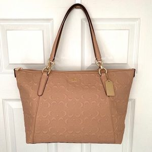 COACH Signature Leather Ava Tote in Nude Pink